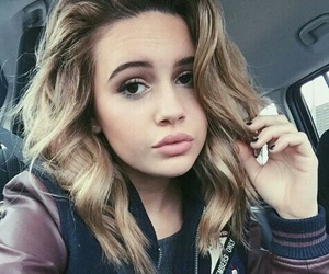 bea miller, singer, and bea image