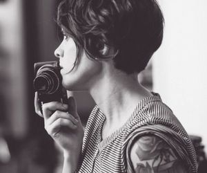 black and white, photography, and Tegan and sara image