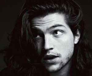 thomas mcdonell, Hot, and the 100 image