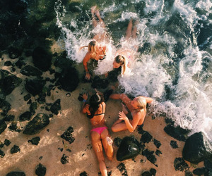 summer, girls, and tumblr image