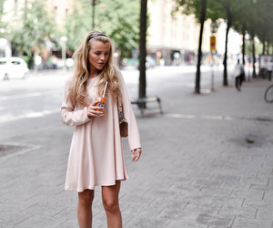 blonde, curly hair, and fashion image