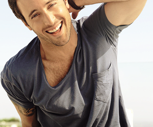 alex o'loughlin and Hot image