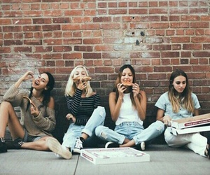 friends, pizza, and bff image