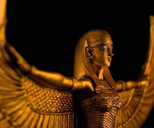 egyptian sculpture. image