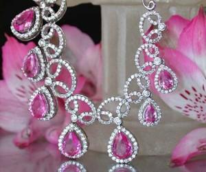 diamond necklace image