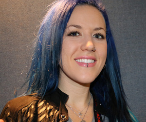arch enemy, alissa white-gluz, and queenbeastofmetal image