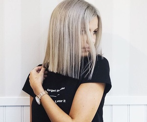 blonde, ombre, and felicia image