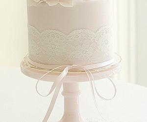 cake, pink bow, and elegant cake image