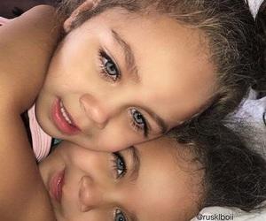 beautiful, eyes, and girls image