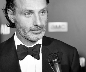 black and white, the walking dead, and andrew lincoln image