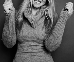 black and white, smile, and iskra lawrence image