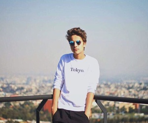 juanpa zurita and boy image