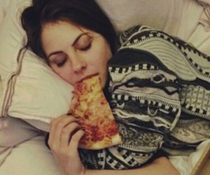 arrow, pizza, and willa holland image