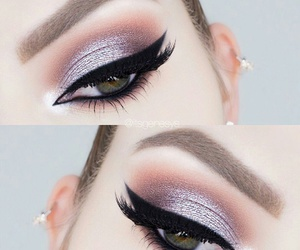 eyeliner, beauty, and make up image