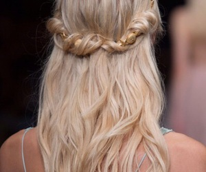 blonde, chanel, and hairstyles image