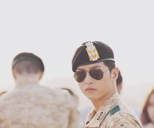 descendants of the sun, dots, and kdrama image