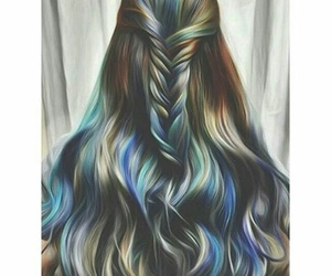 colors, hairstyle, and trenzado image