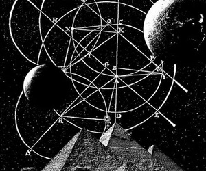 pyramid and space image