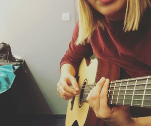 guitare and louane image
