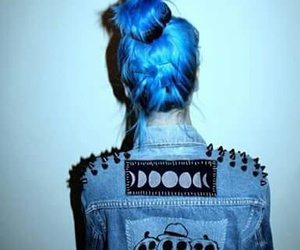 alien, blue, and fashion image