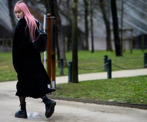 pink hair, street style, and love image