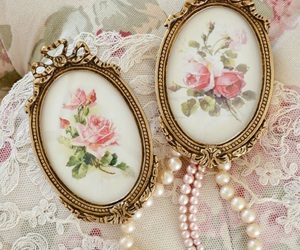 pearls, vintage, and lace image