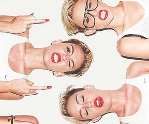 famous, miley cyrus, and wallpaper image