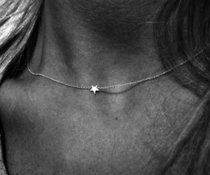 star and star necklace image