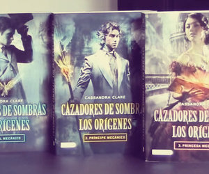 books, libros, and sombras image