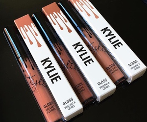 kylie jenner, makeup, and lipstick image