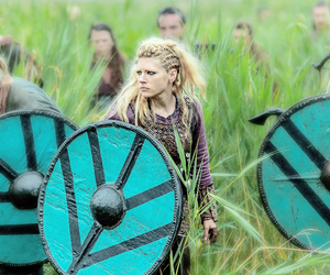 vikings, shieldmaiden, and lagertha image