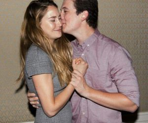 Shailene Woodley, miles teller, and divergent image