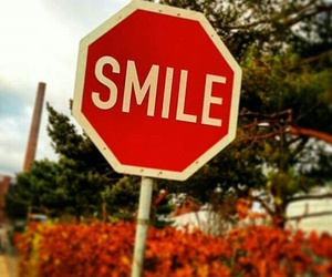 i, smile, and the image