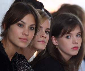 girl, alexa chung, and amazing image