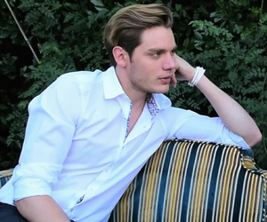 dominic sherwood, cast, and shadowhunters image