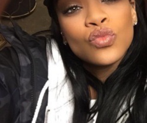 rihanna, makeup, and Queen image