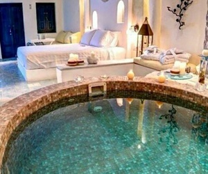 beautiful, bed, and piscina image