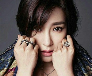fierce, kpop, and gorgeous image
