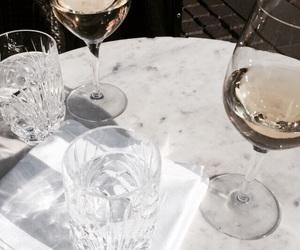 wine and trendsy image