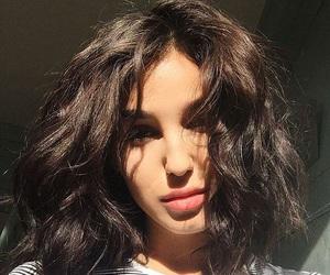 beauty, short hair, and hair image