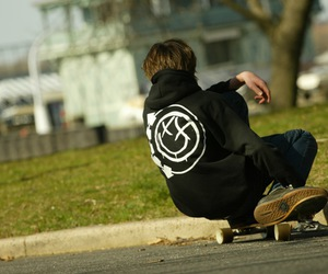 blink 182, boy, and skate image