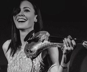 electric violin, linzi stoppard, and fuse violin image