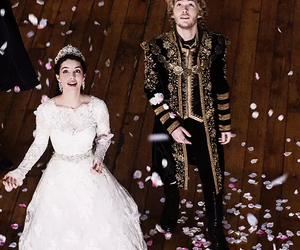 reign, adelaide kane, and frary image