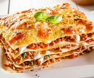 food, lasagna, and yummy image