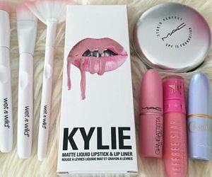makeup, mac, and kylie image