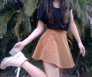 girl, pale, and outfit image