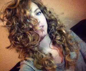 blond, cheveux, and curly image