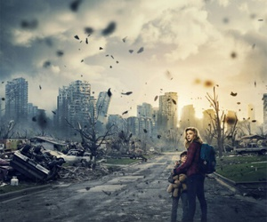 the 5th wave, movie, and book image