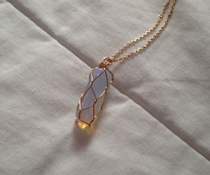necklace and tumblr image