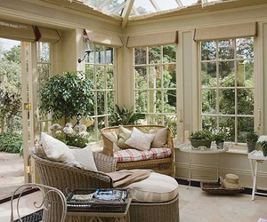 conservatory and lounge image